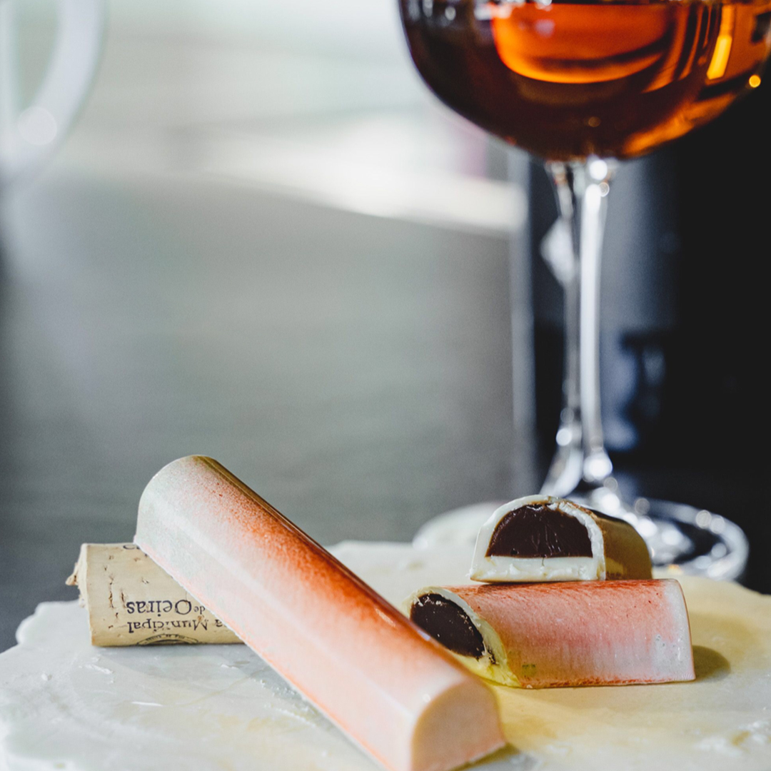 Bonbon with Carcavelos Wine